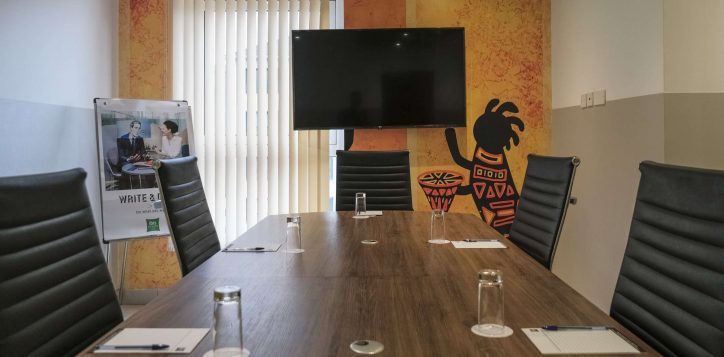 meeting-room-ibis-styles-hotel-nairobi-3-2