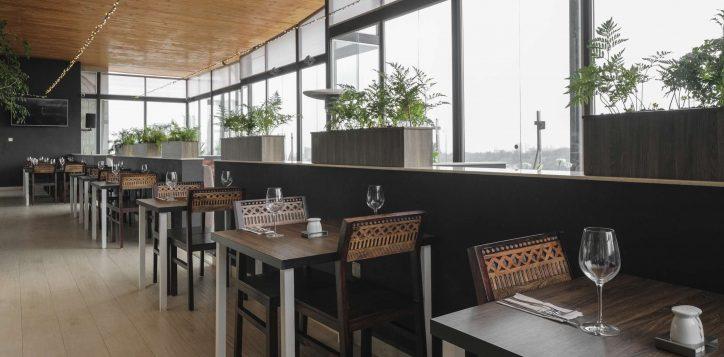 top-floor-restaurant-ibis-styles-hotel-nairobi-9-2