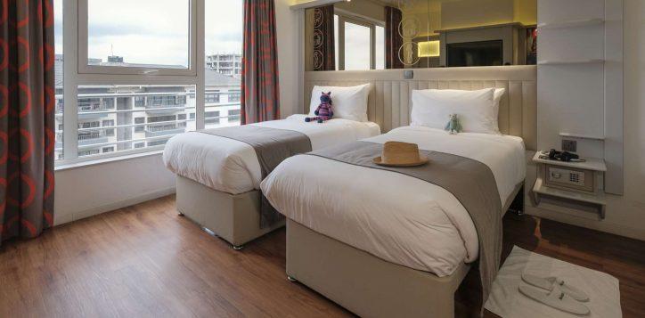 twin-room-ibis-styles-hotel-nairobi-4-2