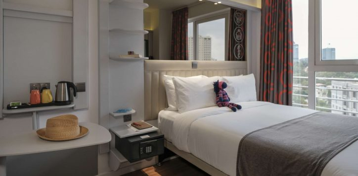 double-room-ibis-styles-hotel-nairobi-2-2